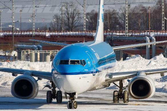 Летевший изЕкатеринбурга в столицу Российской Федерации Boeing зажегся ввоздухе