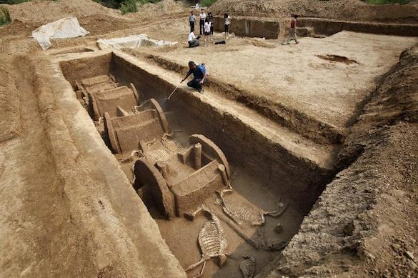 Древнюю гробницу времен царства Чжен нашли китайские археологи. 372568.jpeg