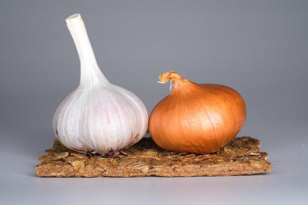 20 рецептов от простуды. лук и чеснок