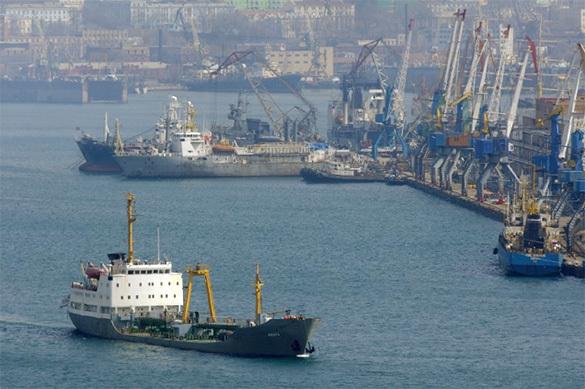 Американский флот ищет поддержку в русских портах