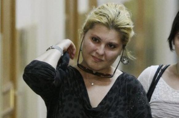 Жена Ходорковского подала в суд на автора и режиссера пьесы