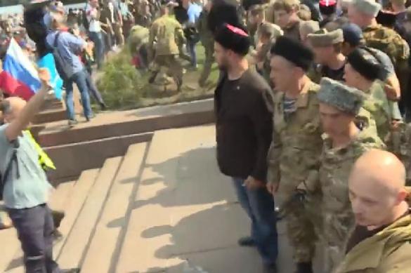 Казаки-разгонщики митингов получили от Собянина грант на бомжей. 389577.jpeg