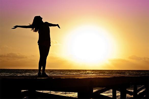 Психологи раскрыли секрет, как сделать человека счастливым