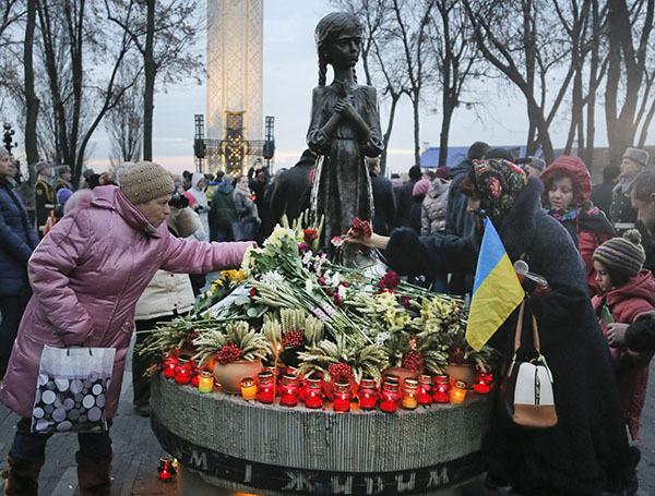 Украинские парламентарии предлагают  наказывать за отрицание  голодомора. 304582.jpeg