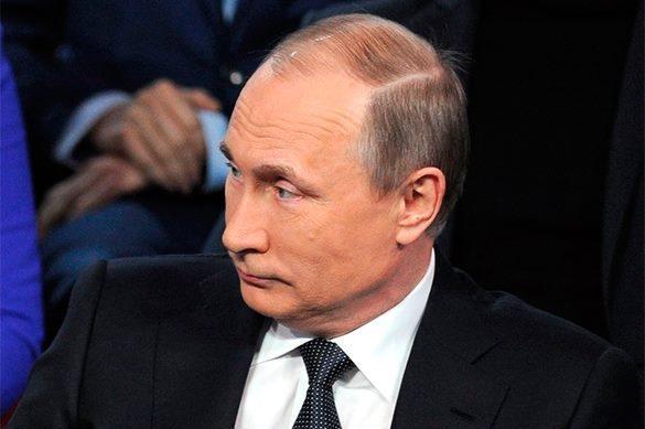 Путину презентовали соленые огурцы