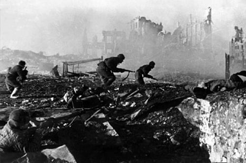 Экс-посол Макфол рассказал о мужестве советских солдат. 382586.jpeg