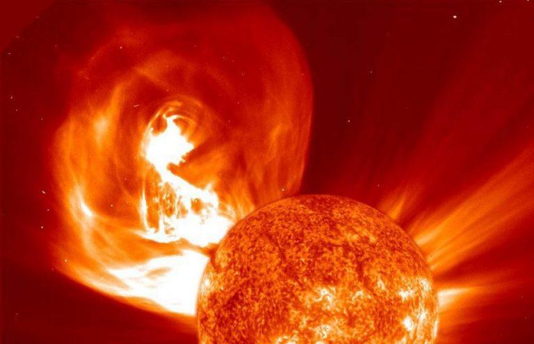 Физики предсказали супервспышку на Солнце, которая уничтожит энергосистему Земли. Физики предсказали супервспышку на Солнце, которая уничтожит эне