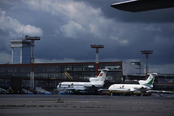 Пассажира, требовавшего развернуть самолет в Афганистан задержали после посадки в Ханты-Мансийске. 397594.jpeg