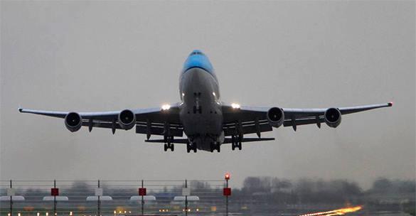 Самолет компании UTair аварийно сел в