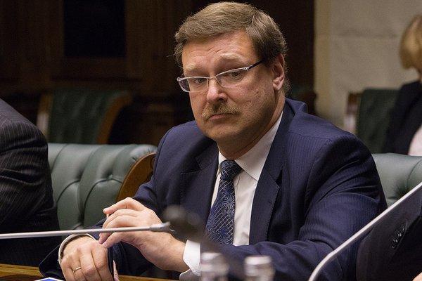 Сенатор Косачев запросит проверку американских программ содейств