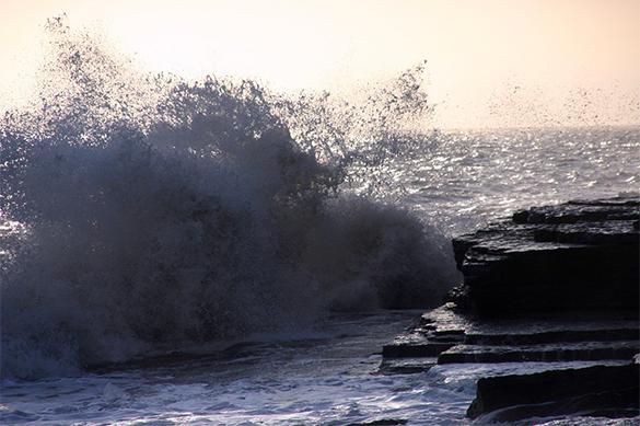 На Камчатке ревут сирены: идут девятиметровые волны