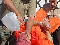 Бушу и Кондолизе предложили опробовать пытку утоплением на себе