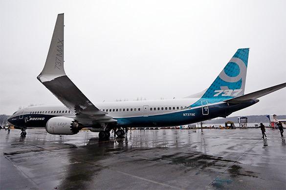 Boeing останавливает полеты новых 737 из-за опасных двигателей
