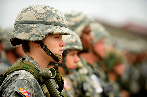 Пентагон оценивает готовность брать наработу трансгендеров