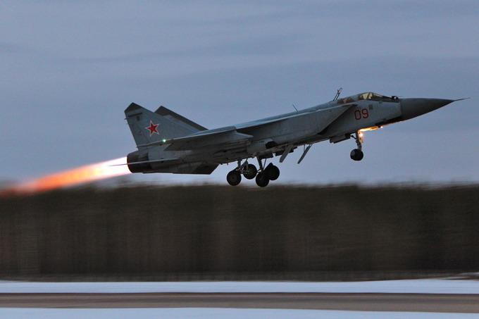 Российские МиГ-31 сбили крылатую ракету в стратосфере. Российские МиГ-31 сбили крылатую ракету в стратосфере