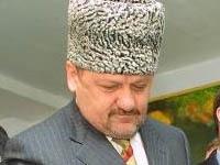 К памятнику Кадырову-старшему в Москве подкинули свиные головы. 250601.jpeg