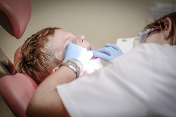 Кардиологи: детский кариес повышает риск атеросклероза.