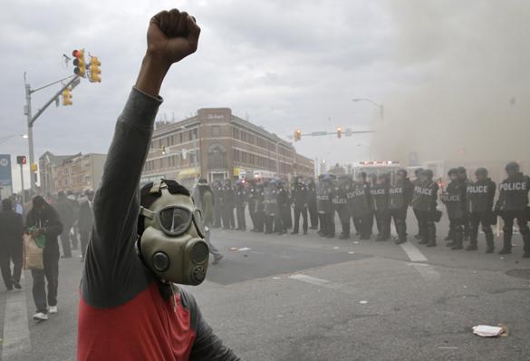 В Балтимор прибывают 150 полицейских из Нью-Джерси. протесты в Балтоморе