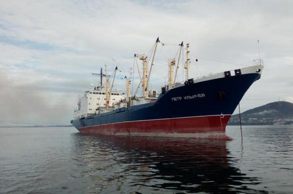 Российский рефрижератор спас северокорейских рыбаков в Японском море. Российский рефрижератор спас северокорейских рыбаков в Японском