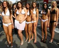 Полная девушка впервые попала в финал конкурса Мисс Англия. Фото