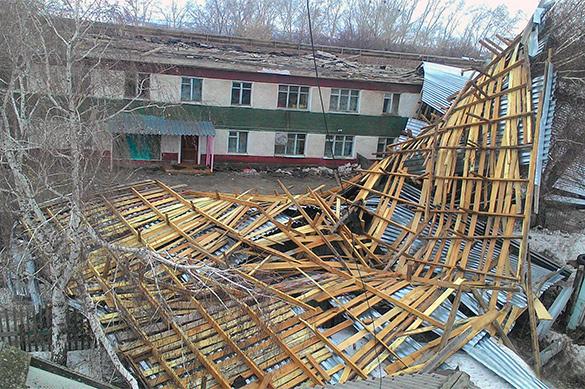 Ураган накрыл сибирские регионы. ВИДЕО