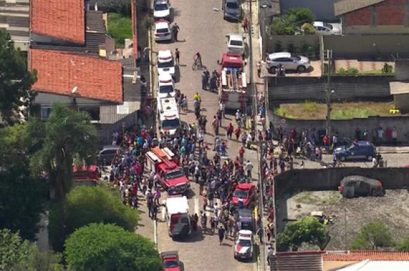 В бразильской школе от огнестрельного оружия погибли 8 человек.