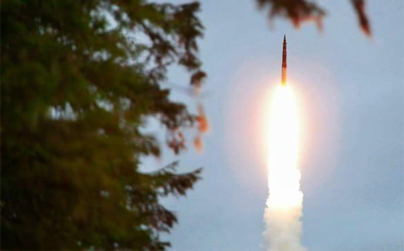 В России впервые успешно испытали гиперзвуковую ракету