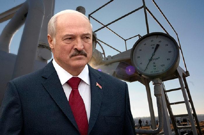 Лукашенко нашёл способ ударить Россию под дых ради скидки на нефть и газ