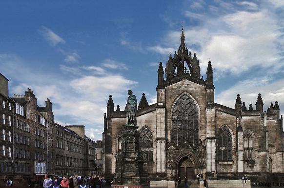 Число сторонников независимости Шотландии выросло до 49%.