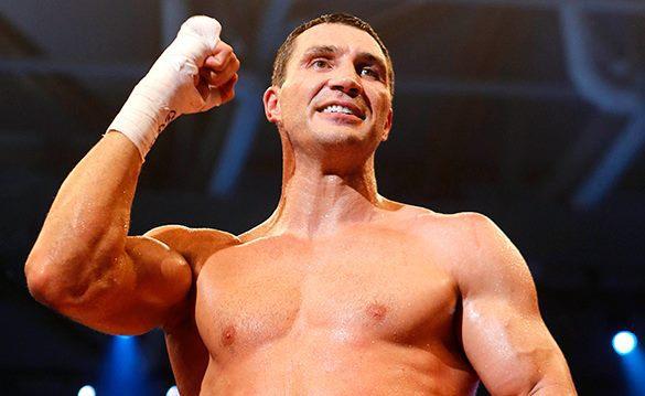 Скандальный боксер Шэннон Бриггс сбросил Владимира Кличко в воду. ВИДЕО.