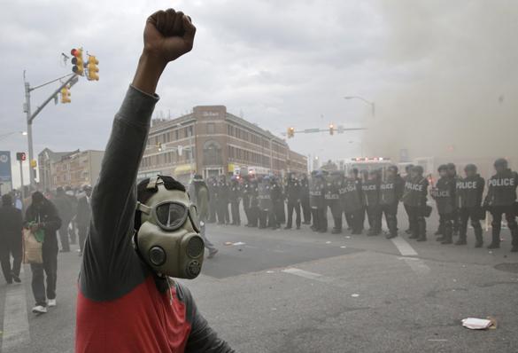 Фонд Сороса стоит за организацией беспорядков в Балтиморе и Фергюсоне? Наш пострел везде поспел.... Сорос финансировал беспорядки в Фергюсоне