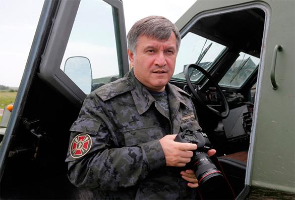 Аваков винтервью германскому Die Welt: Будем убивать граждан России десятками тыс.