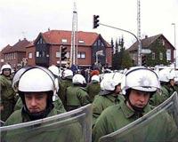 Немцы устроили беспорядки во время празднования Вальпургиевой