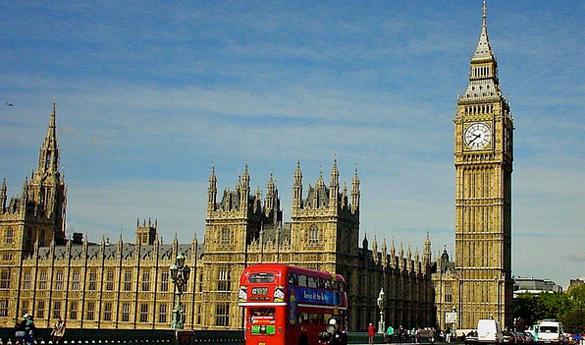 Англия  вылетела изпятёрки крупнейших экономик мира