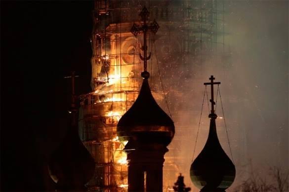 Новодевичий монастырь мог сгореть из-за китайского фонарика.