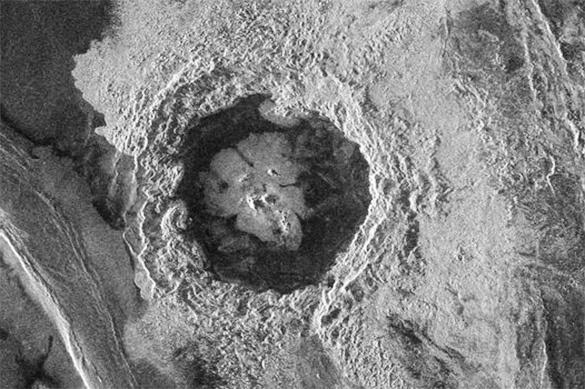 Метеориты являются причиной образования вулканов на Венере