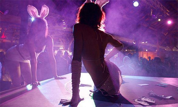Американская студентка устроила эротическое шоу в публичной библиотеке. ВИДЕО. 310624.jpeg