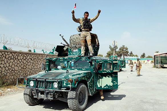 Посол: афганским военным не нужна помощь США в войне с талибами. Посол: афганским военным не нужна помощь США в войне с талибами