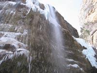 Камнепад и лавины парализовали движение по Транскаму