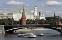 В Москве спасли двух тонущих мужчин и собаку