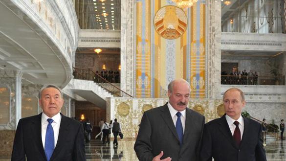 Путин прибыл в Астану на заседание Высшего Евразийского экономического совета. Путин прибыл в Астану