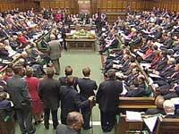 Почти половина британцев чураются политических партий