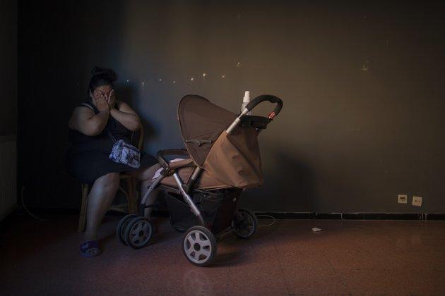 Украина люстрирует беременных женщин и матерей.