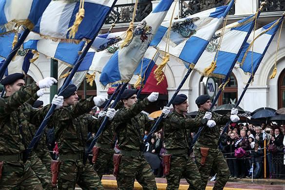 Греция отметила День независимости военным парадом. военный парад в Афинах