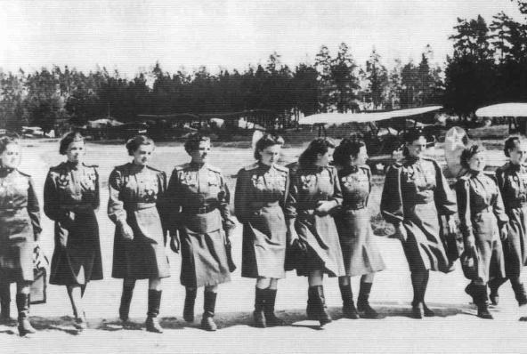 ВКраснодаре впервый раз  в новой  историиРФ начнут готовить военных летчиц