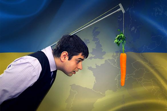 Решение ЕС об отмене виз для Киева – это морковка на веревочке