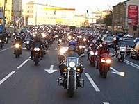 В Москве финиширует байкерский марш мира