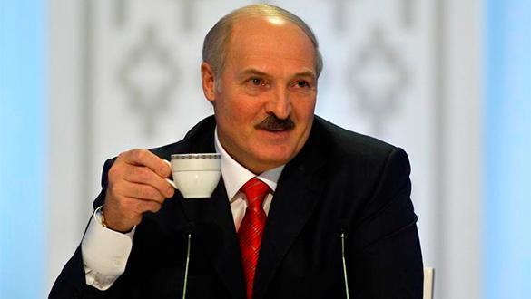 Лукашенко готов принять трудолюбивых беженцев с Украины.
