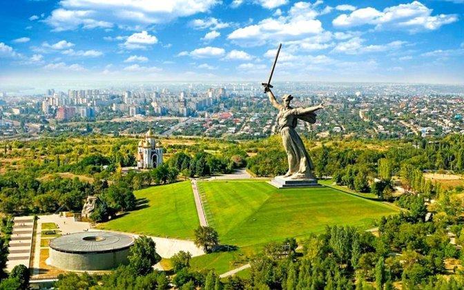 К15.00 отдала голос  практически  половина избирателей Волгоградской области