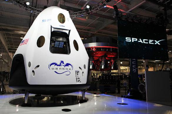 Маск снова облажался SpaceX не повезет туристов на Луну